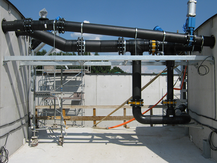 Biogasanlage_Aussenverrohrung
